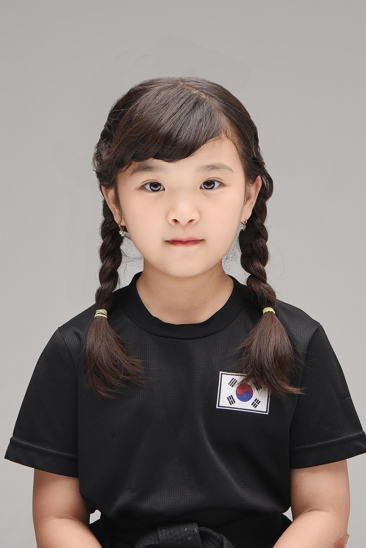 래빛스냅_바른사진관_김해자매사진촬영_03.JPG