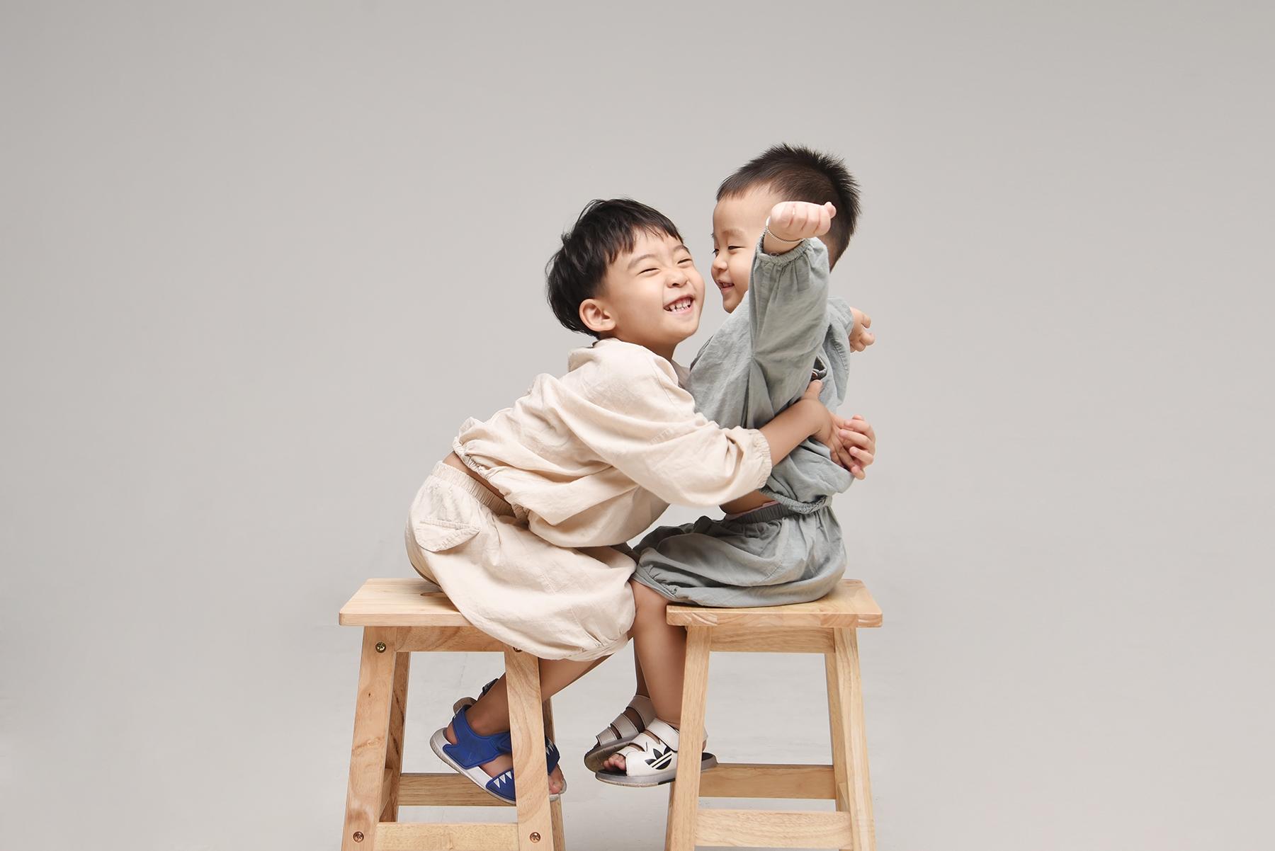 래빛스냅_바른사진관_김해형제촬영_02.jpg
