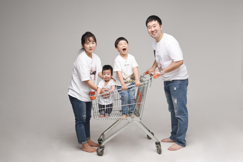 래빛스냅_바른사진관_김해가족촬영_04.jpg