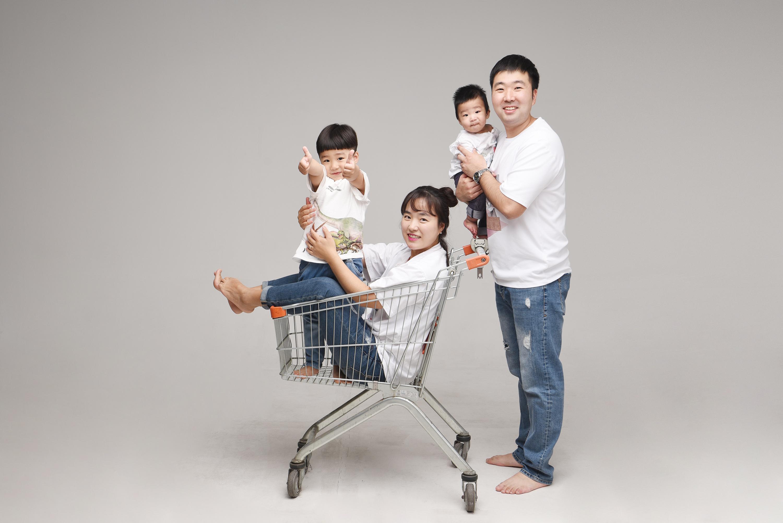 래빛스냅_바른사진관_김해가족촬영_07.jpg