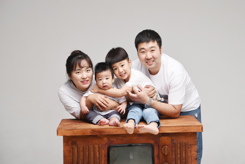 래빛스냅_바른사진관_김해가족촬영_03.jpg