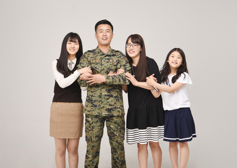 래빛스냅_바른사진관_김해가족사진_02.jpg
