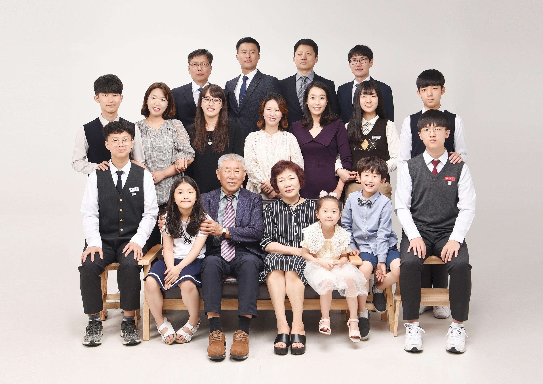 래빛스냅_바른사진관_김해가족사진_05.jpg